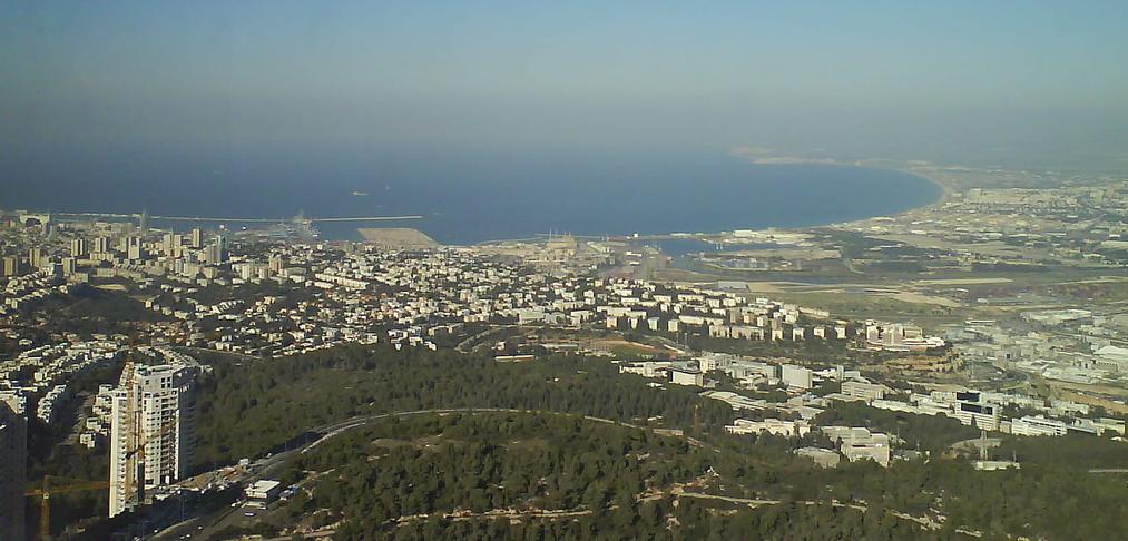 The city of Haifa, Israel. (Flickr: Noa Schek)